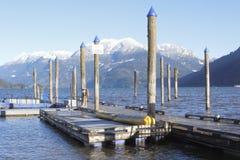 Mountain湖的小船码头 库存照片