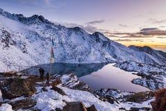 Mountain湖美好的日落, Gosaikunda尼泊尔 库存照片