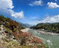 Mountain Alaknanda river Royalty Free Stock Image