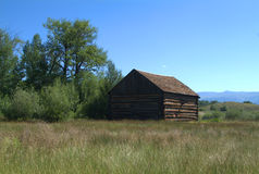 Mountain barn. Mountain ranch barn in a peaceful valley Stock Photography