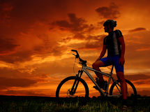 Mountain biker. Silhouette in sunrise Stock Photography