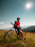 Mountain biker admiring the landscape Royalty Free Stock Images
