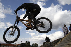 Mountain bikers. THESSALONIKI,GREECE - OCT 16: Unidentified bikers take part in Yedi Kule Runaway competition in Thessaloniki during Urban Downhill on October 16 Royalty Free Stock Photography