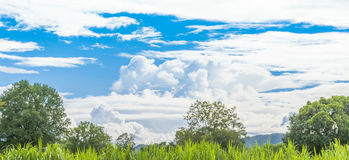 The   mountain  and blue sky. With white cloud Royalty Free Stock Image
