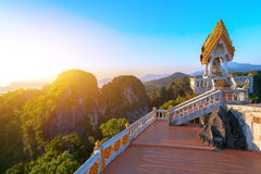Mountain Buddhist building Royalty Free Stock Photography