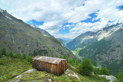 Mountain Cabin with a view Royalty Free Stock Images