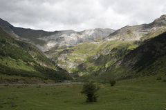 Mountain cirque in the Pyrenees, Spain Stock Photo