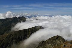 Mountain and clouds Royalty Free Stock Photos