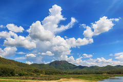 Mountain and clouds with blue sky Stock Photography
