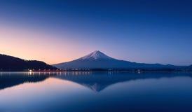 Mountain Fuji at dawn with peaceful lake reflection Stock Photography