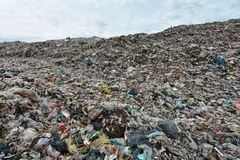 Mountain garbage It comes from urban and industrial areas in underdeveloped countries. Waste is difficult to decompose by natural means. And so much that it is royalty free stock images