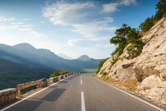 Mountain highway with dividing line Royalty Free Stock Photography