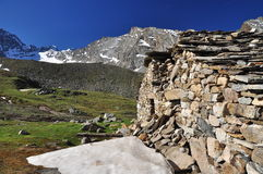 Stone house ruin, Gran Paradiso, Aosta Valley, Italy Stock Photography