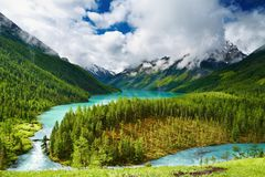 Mountain lake. Beautiful turquoise lake in Altai mountains Royalty Free Stock Photography