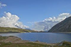 Mountain Lake Fotografía de archivo libre de regalías