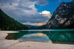 Mountain Lake Imagenes de archivo