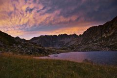 Mountain lake in the alps Royalty Free Stock Photography