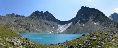 Mountain lake in the caucasus Royalty Free Stock Photography