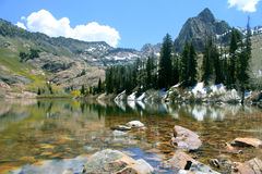 Mountain Lake. Colorful lake sits high in the mountains of Utah Royalty Free Stock Photos