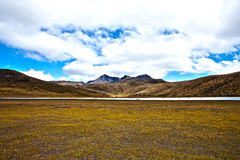 Mountain and lake in the Cotopaxi National Park Royalty Free Stock Photography