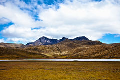 Mountain and lake in the Cotopaxi National Park Royalty Free Stock Photos