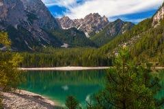 Mountain Lake di Braies, Italia Fotografie Stock