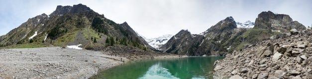 Mountain lake Le Lauvitel Royalty Free Stock Photos
