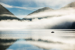 Mountain lake at morning Royalty Free Stock Photos