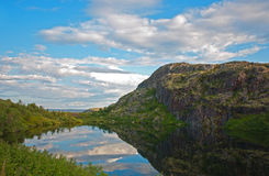 Mountain lake near the North road. Murmansk region Stock Photography