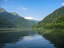 Free Mountain Lake Ritsa Royalty Free Stock Photo - 115492005