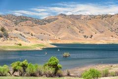 Mountain lake and sailboats Royalty Free Stock Photography