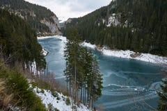 Mountain lake on wintertime Royalty Free Stock Images