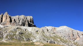 Dolomiten in Italien. Mountain landscape of the Dolomites in summer Royalty Free Stock Photography
