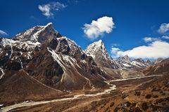 Mountain landscape in Nepal Himalaya Royalty Free Stock Photo