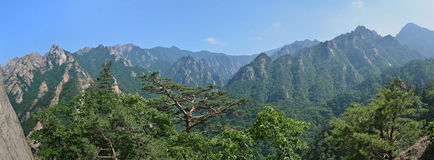 Mountain landscape, Seoraksan National Park, Korea Stock Photos