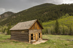 Mountain Log Building Royalty Free Stock Photo