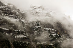 Mountain in the mist Royalty Free Stock Photography