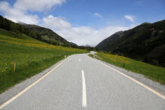 Mountain pass road Stock Photography