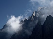 Mountain peaks in mist Royalty Free Stock Photography