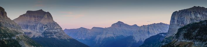 Free Mountain Peaks Road To The Sun At Glacier National Park Stock Photos - 119379613