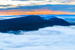 The mountain at Pha Mo I Daeng Cliff and the sea of mist Royalty Free Stock Images
