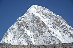 Mountain Pumori in the Everest mountain range Stock Photos