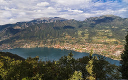 Mountain range around Royalty Free Stock Photography