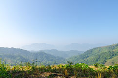 The mountain range landscape on clear day Royalty Free Stock Photos