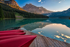 Mountain Reflection in Lake Minnewanka Royalty Free Stock Photos