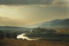 Free Mountain River Royalty Free Stock Photos - 90614308