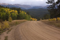 Mountain road in Colorado, autumn scenery Stock Images