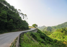Mountain road with green trees in Lai chau province, Vietnam Royalty Free Stock Photos