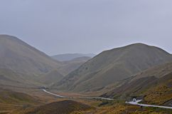 Mountain Road, Lindis Pass New Zealand Royalty Free Stock Images