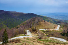 Mountain road o springtime Royalty Free Stock Images